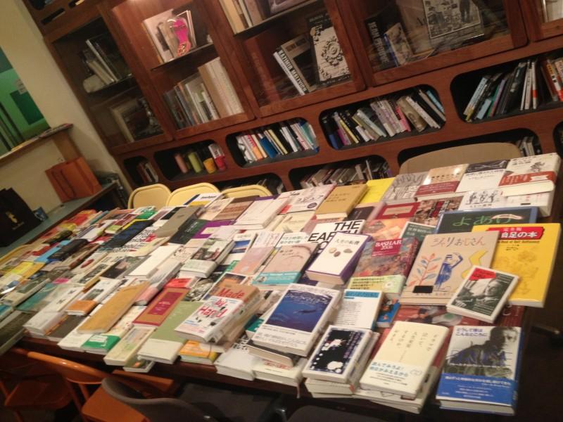 「この160冊以上の本をカテゴリーに分けますよ」イベント一週間前