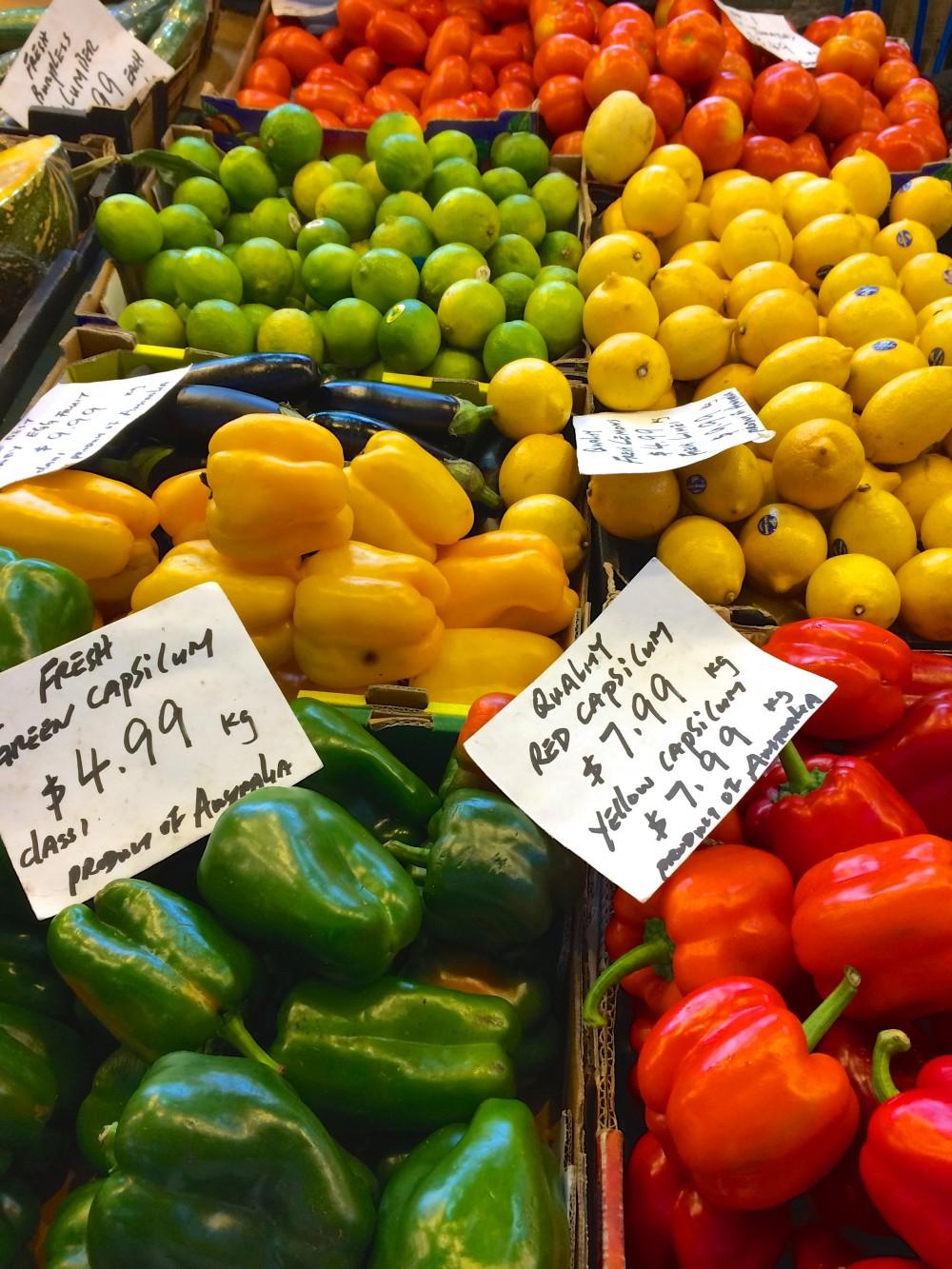 マーケットの野菜売り場。パース市民の生活を支えているフリーマントルというマーケットに連れていってもらった。オーストラリアは物価が高いので、あまり買い物できなかったけれど、色とりどりの野菜たちを見ているだけで楽しかった!