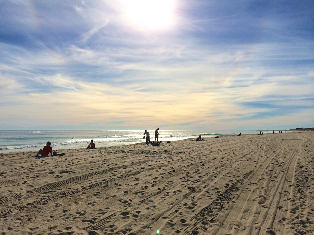 スカボロビーチ。人気のビーチと聞いて行ってみたけれど、シーズンオフだったため、とても静かだった。日差しは少し強かったけれど、何も考えずボーッと過ごした