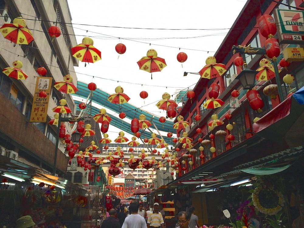 中華系の人口割合が多いマレーシアだけあって、たくさんの中国人で賑わっていた。その中国人の勢いに、1人で歩くにはちょっと怖いくらい。