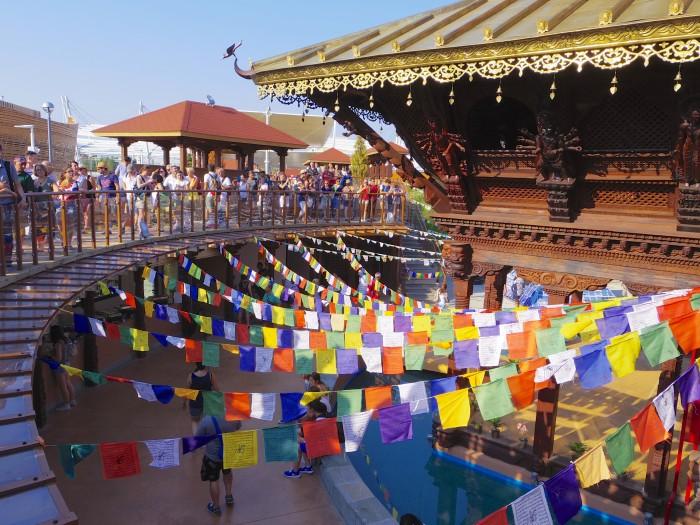 ネパールパビリオン。3月に訪れたときの様子が思い出された。お客さんも結構入っていたし、募金もたくさん集まっていて、なんだか自分のことのように嬉しかった