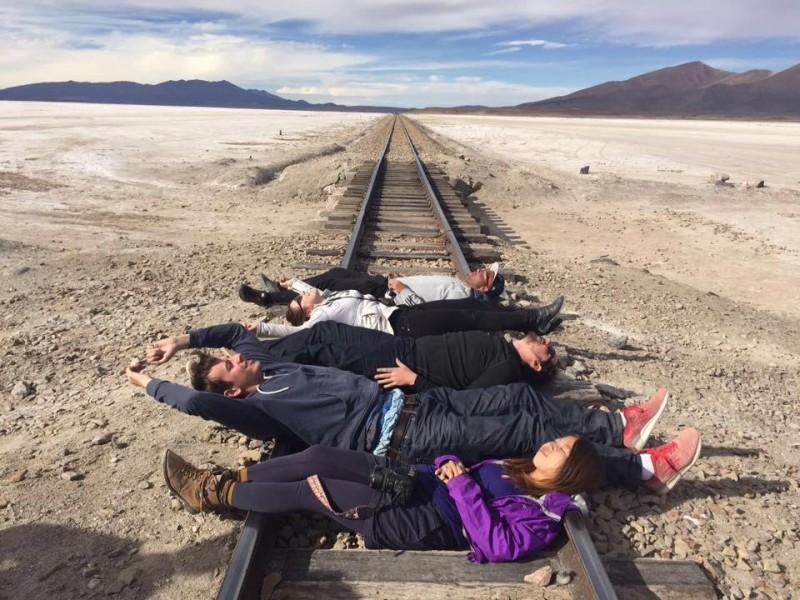 アタカマ砂漠からウユニ塩湖へ行く途中の線路