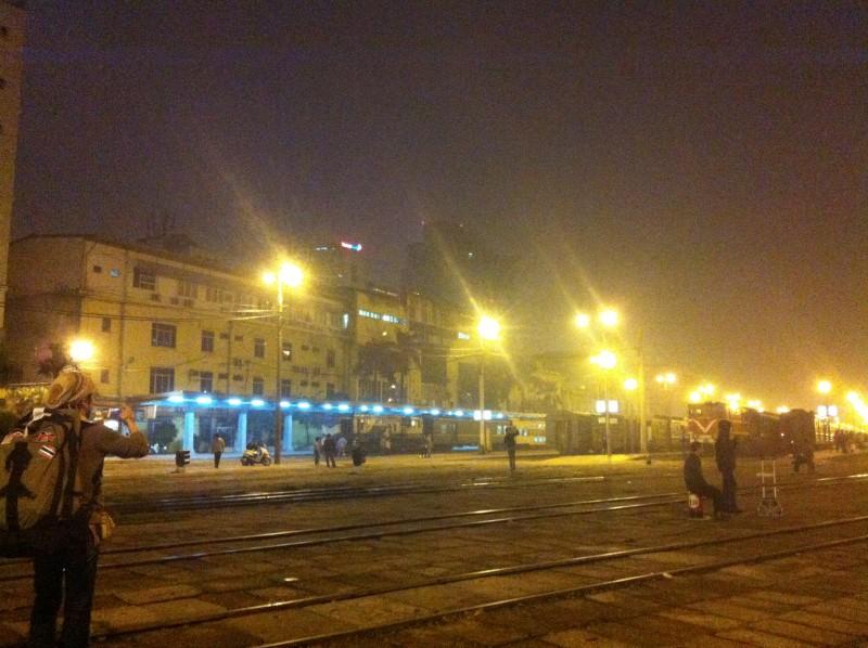 ベトナムでは列車移動をすることも。