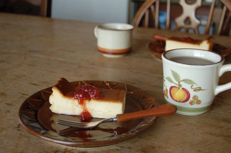 watoさん手作りのチーズケーキをご馳走になる。watoさんのように優しい味。幸せな味。