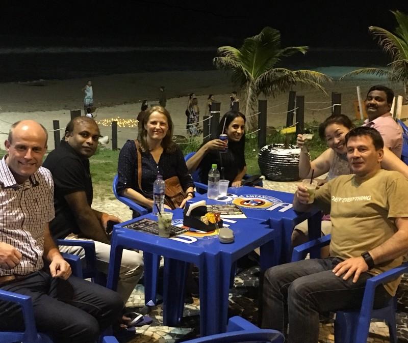 ブラジルで会議後の食事
